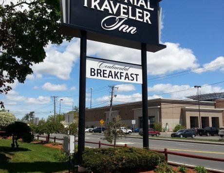 colonial Traveler Inn Pylon Sign
