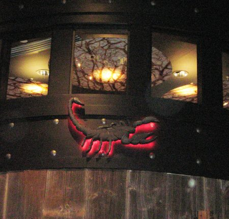 Scorpion Bar Halo Sign